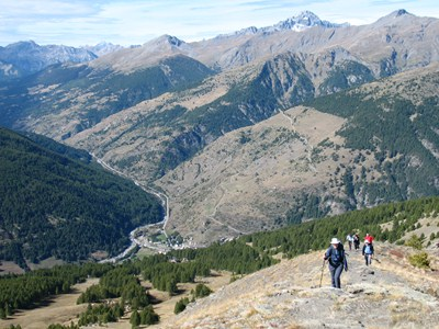 alpine walking tour in French Alps
